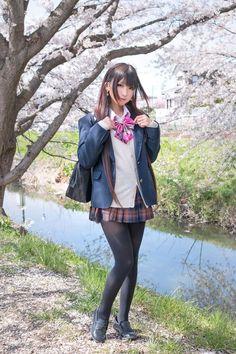 222e8a0e95c572c7a17aaed8ff1d3499--asian-pantyhose-stocking-tights.jpg (736×1104)