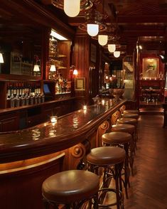 I would so own and run a bar if it looked something like this and was a saloon/country bar. Ralph Lauren's brand new Polo Bar in New York, NY Pub Bar, Cafe Bar, Cafe Restaurant, Restaurant Design, Restaurant Branding, Pub Interior, Bar Interior Design, Pub Design, Menu Design
