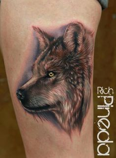 We are used to the realistic touch of Rich Pineda's tattoos, especially on the celebrity tattoos he does but the wolf tattoo is just brilliantly detailed and realistic Wolf Tattoos, Weird Tattoos, Great Tattoos, Animal Tattoos, Unique Tattoos, Beautiful Tattoos, Tatoos, Artistic Tattoos, Wolf Tattoo Design