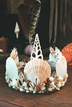 Break of Dawn Mermaid Crown by wildandfreejewelry on Etsy Halloween Makeup, Halloween Costumes, Seashell Crown, Shell Crowns, Mermaid Crown, Mermaid Top, Shell Art, Tiaras And Crowns, Art Design
