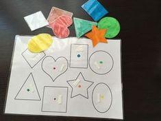 Voici une activité sur les formes à faire vous même pour que votre enfant puisse apprendre de manière ludique différentes formes : carré, rond, étoile...