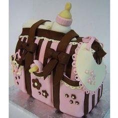 le gâteau valise de maternité