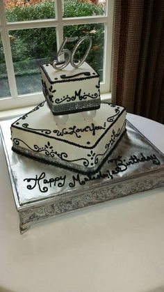 Elegant Black and white birthday/wedding cake by LaKeisha Hill / Keck with Sweet Tooth Mother and Daughter Cakes. Knoxville, TN