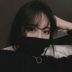 Uploaded by Find images and videos about girl, black and aesthetic on We Heart It - the app to get lost in what you love. Ulzzang Korean Girl, Cute Korean Girl, Asian Girl, Korean Aesthetic, Aesthetic Girl, L Icon, Cute Girls, Cool Girl, Japonese Girl