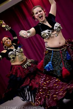 Fat Chance hafla, from The Dancers Eye. They look like they're having so much fun!