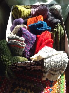 Strikkede sokker til julegaver