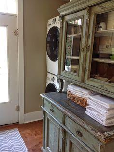 Rustic laundry room love
