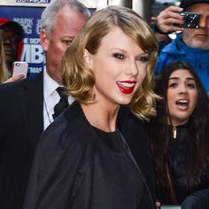 Taylor Swift was the most charitable star of 2014.
