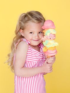 stinkin cute! this would be a great birthday pic - love the five scoops of icecream!!! what a cutie.