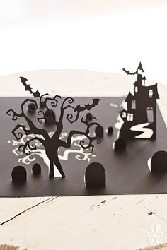 3D Halloween Table Runner