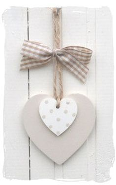 Wooden heart or clay decoration Wooden Hearts Crafts, Heart Crafts, Wooden Crafts, Clay Crafts, Diy And Crafts, Arts And Crafts, Valentine Crafts, Christmas Crafts, Valentines