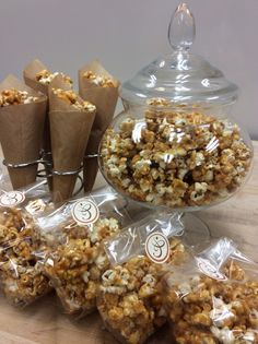"""""""October is Treat yourself with some caramel popcorn! Bakery Design, Menu Design, French Pastry School, Social Media Cheat Sheet, Bakery Business, French Pastries, Treat Yourself, Popcorn, Holiday Recipes"""