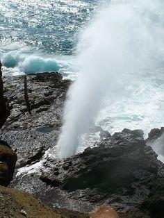 Oahu , Hawaiian Islands - Halona Blow Hole