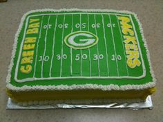 Elegant Photo of Green Bay Packers Birthday Cake . Green Bay Packers Birthday Cake Birthday Cakes Nicoles Cakery Page 2 Cupcake Birthday Cake, Boy Birthday, Vanilla Desserts, Delicious Desserts, Packers Cake, Cakes For Boys, Boy Cakes, Coffee Muffins, Chocolate Fondant Cake