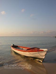 west bay boat, roatan   René Marie Photography   Beach Cottage Life   https://www.facebook.com/BeachCottageLifePhotography