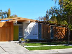Mad for Mid-Century - interesting concept for siding/portico