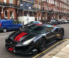 Η Ferrari 488 Pista με carbon wheels στο Λονδίνο - AutoMotors. Lamborghini, Ferrari 488, Bugatti, Audi, Porsche, Exotic Sports Cars, Exotic Cars, Aston Martin, Bmw Autos