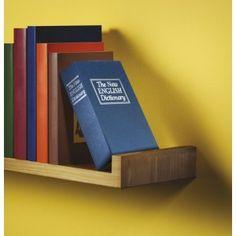 Una idea atractiva para guardar algunos de tus secretos, o las llaves y muchos otros objetos en esta caja tesoro que parece un libro. Sencillamente útil.