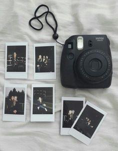 Fujifilm Instax Mini, Polaroid Instax, Instax Mini Camera, Instax Mini 8, Instax Mini Ideas, Film Polaroid, Vintage Polaroid Camera, Polaroid Wall, Fuji Instax