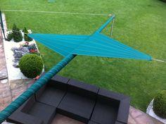 Laat u inspireren door onze oprolbare zonnezeilen! #zonnezeil #zeiloverkapping #schaduwdoek Home Design, Patio Enclosures, Patio Shade, Lean To, Rooftop Garden, Parasol, Outdoor Living, Outdoor Decor, Patio Roof