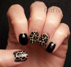 The Little Canvas: The Beauty Buffs: Animal Print nail art, glitzy leopard