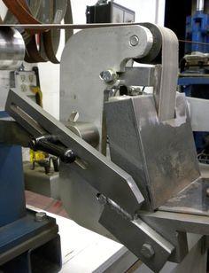 Jig for grinding knife blades