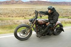 custom harley softail slim | Softail Slim door Thunderbike
