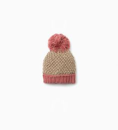 Knit hat with pompom