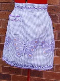 Vintage Gingham Apron from the 60's with Butterfly design, Neat with ric rac on eBay!
