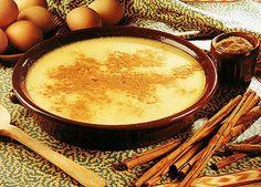 La natilla es muy similar al pudín. En Colombia, es el plato más popular para la Navidad, y muchas familias disfrutan cocinar la natilla alrededor de una hoguera.