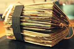 Contessa Art and Junque Journal Scrapbooking, Album Book, Scrapbook Journal, Artist Trading Cards, Memory Books, Mail Art, Altered Books, Art Journals, Minis