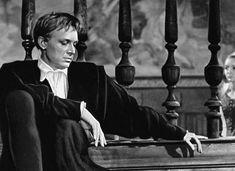 Иннокентий Смоктуновский — Гамлет, принц датский . «Гамлет» художественный фильм, поставленный в 1964 году режиссёром Григорием Козинцевым по трагедии Шекспира «Гамлет, принц датский» (1602 год).