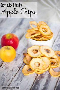 how to make apple chips by www.sweetcsdesigns.com are delicious, easy and healthy #fall snacks!