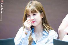 Park Chorong Apink❤180706 South Korean Girls, Korean Girl Groups, Son Na Eun, Pink Panda, Eun Ji, Cube Entertainment, Make Me Smile, Asian Beauty, Kpop