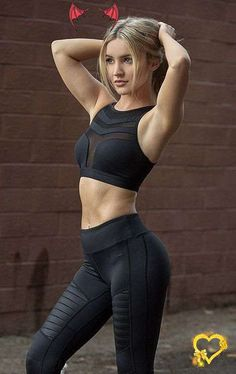 <br> Yoga Outfits, Fitness Outfits, Womens Workout Outfits, Fitness Fashion, Sport Outfits, Yoga Pants Outfit, Yoga Pants Girls, Sexy Women, Smart Women