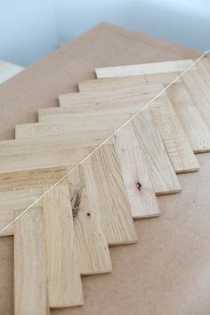Easy Build DIY Parquet Table with Prettypeg Legs Diy Wood Projects Build DIY Easy Legs Parquet Prettypeg Table Table Chevron, Chevron Kitchen, Direct Wood Flooring, Oak Parquet Flooring, Diy Table Legs, Diy Tisch, Diner Table, Hardwood Table, Diy Wood Projects