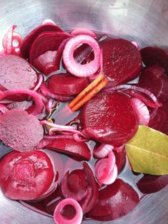 Pickled beet recipe from scratch.