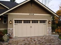 PINterrific garage door makeover inspiration: Click on the image link to see the Top 10 garage door makeovers trending on Clopay's Pinterest boards right now.  www.clopaydoor.com