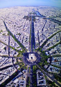 Incredible View Above Champs Elysees