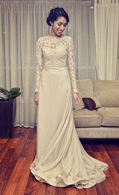 Indian Bride | Photo by Gather and Stitch Cheap Vintage Wedding Dresses, Pretty Wedding Dresses, 2015 Wedding Dresses, Wedding Dresses Plus Size, Elegant Dresses, Beautiful Dresses, Wedding Gowns, Dresses For Work, Dress Work