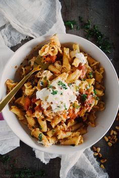 Campanelle with Fresh Tomato Sauce - Living The Gourmet
