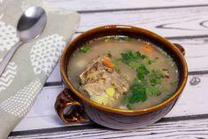 Zupa krupnik na żeberkach wieprzowych z kaszą, marchewką, selerem i ziemniakami. Ramen, Ethnic Recipes, Food, Essen, Meals, Yemek, Eten