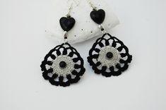 Crochet earrings - Crochet earring jewelry - Black and grey earrings - Romantic style - by lindapaula on Etsy