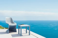 Bloom chair is produced with a single injection of polypropylene reinforced with glass fiber obtained by means of the latest generation of air moulding technology with neutral tones. For indoor and outdoor use.