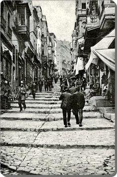 Karaköy - Yüksek Kaldırım - 1900's