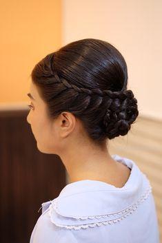 Easy Hairstyle Video, Hairstyle Tutorial, Bun Hairstyles For Long Hair, Braided Hairstyles Tutorials, Bride Hairstyles, Summer Hairstyles, Thick Curly Hair, Curly Hair Styles, Dry Frizzy Hair
