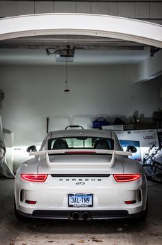 Porsche 911 GT3. (Click on photo for high-res. image.) Photo found here: https://www.flickr.com/photos/101812491@N07/15409545987/