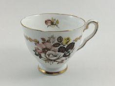 Taza de té de China de hueso Stafford Royal Vintage Made in England flores marrón flores