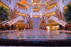 The best things to do in Las Vegas include shows, restaurants, cocktails, nightclubs and more.: Examine The Atrium At Palazzo