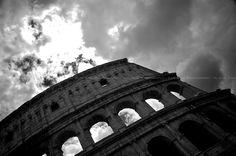Fari Bahi. Colosseo, Rome, Italia, 2012.